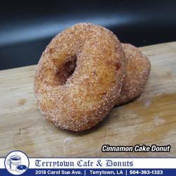 Donut_Cinnamon_Cake_PNG