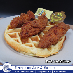 Waffle_with_Chicken_PNG
